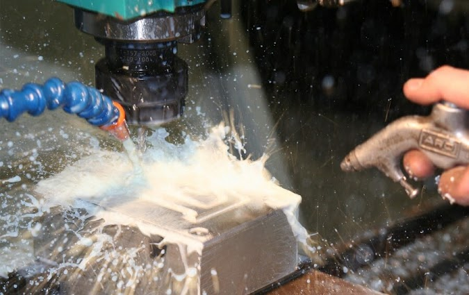 Types of Cutting Fluid - Water-Based, Straight or Neat Oil Based