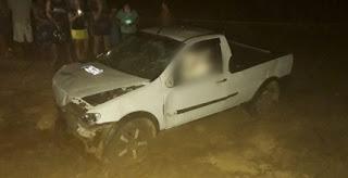 Poeta morre após capotar carro na Paraíba