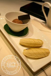 Gluten Free in Bali - Cascades Restaurant Chocolate Ice Cream with Fresh Banana