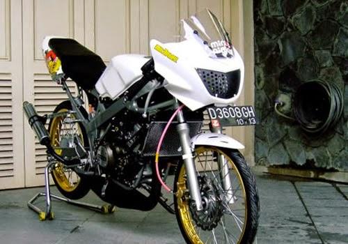 modifikasi motor ninja rr jari jari  tahun ini
