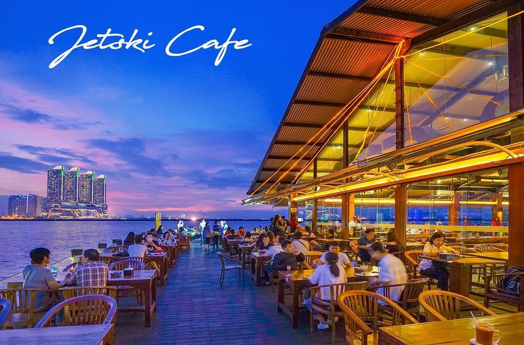 jetski cafe