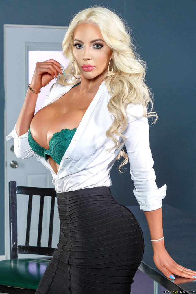 Nicolette Shea Hot Boobs in Bra