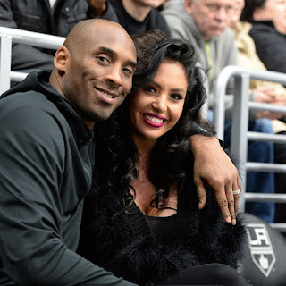 Family of helicopter pilot who flew Kobe Bryant say passengers are to blame for the crash