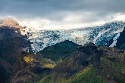 Mýrdalsjökull glacier covers active Katla volcano in Iceland