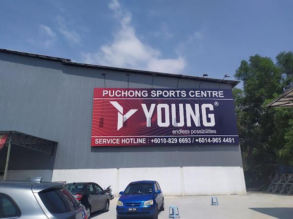 Kena beli kasut baru gara-gara ke Puchong Sport Centre