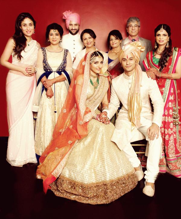 AlabamaUncut Blog: The Bollywood Royals: Family Potrait Of ...