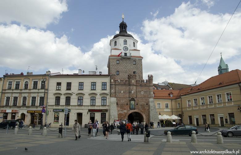 Stare miasto brama, lublin, architekt na szpilkach