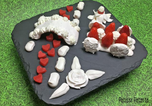 fraises, chantilly, meringue, gelée de fraises, modern art fraises, fraises en vacances, fraises bucoliques, food art, strawberry, patissi-patatta