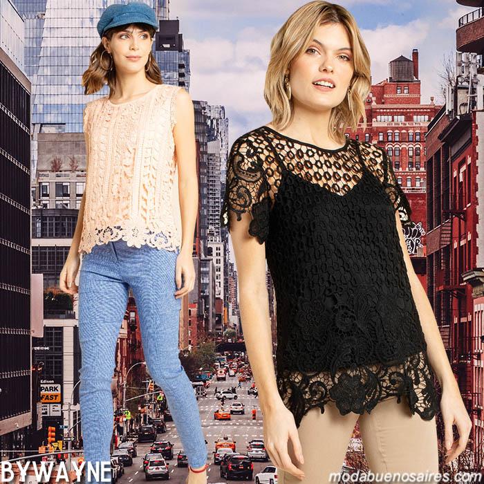 Blusas con transparencias, encajes y guipiure moda verano 2020.