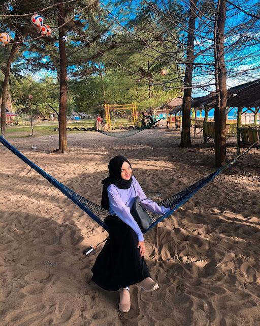 Pasir Jambak Beach tourist attractions in west sumatra