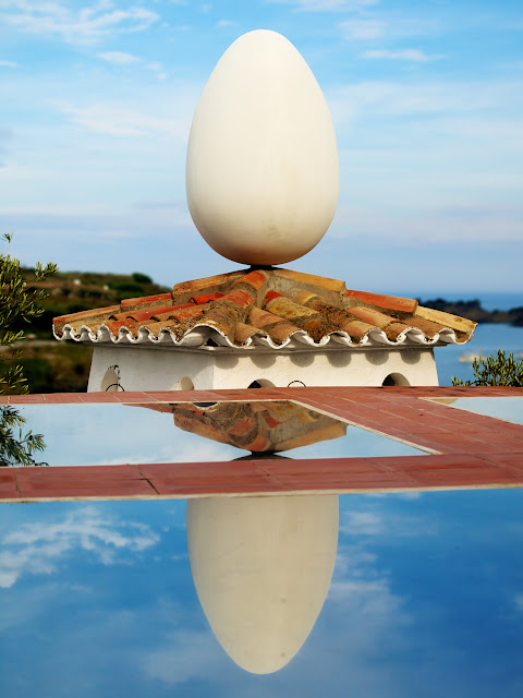 Casa con Huevo en el Tejado Museo Dali