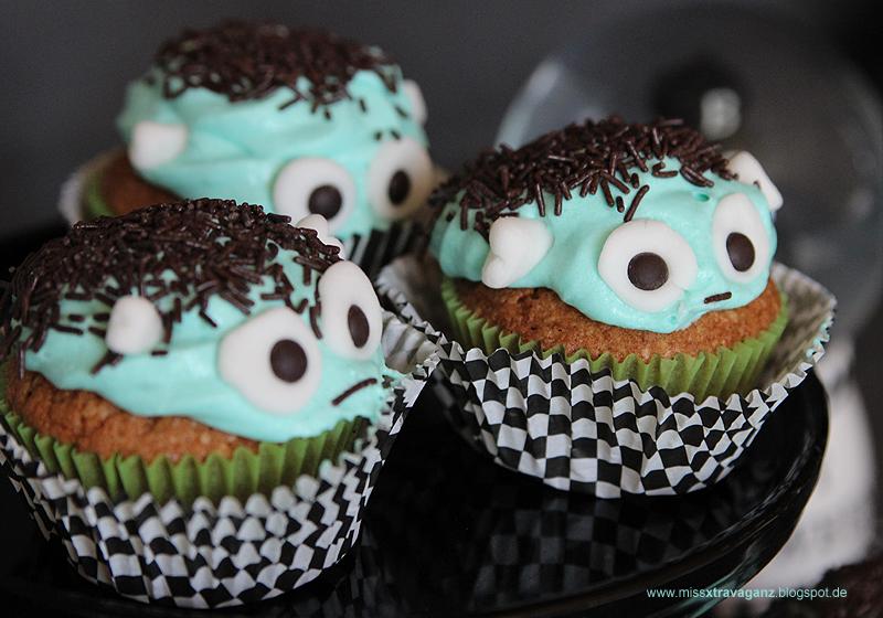 rezept halloween frankenstein cupcakes mit karotte. Black Bedroom Furniture Sets. Home Design Ideas