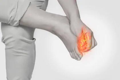 Patah jari kaki (patah kaki)