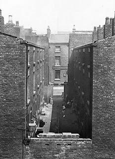 Burlington Street in 1900 (www.liverpoolpicturebook.com)