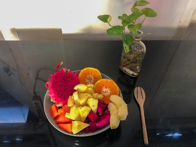 sarapan buah-buahan