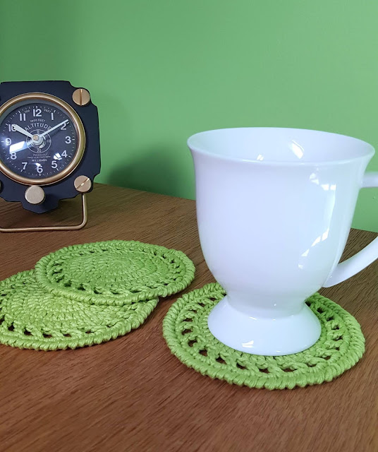 Make these quick and easy crochet coasters