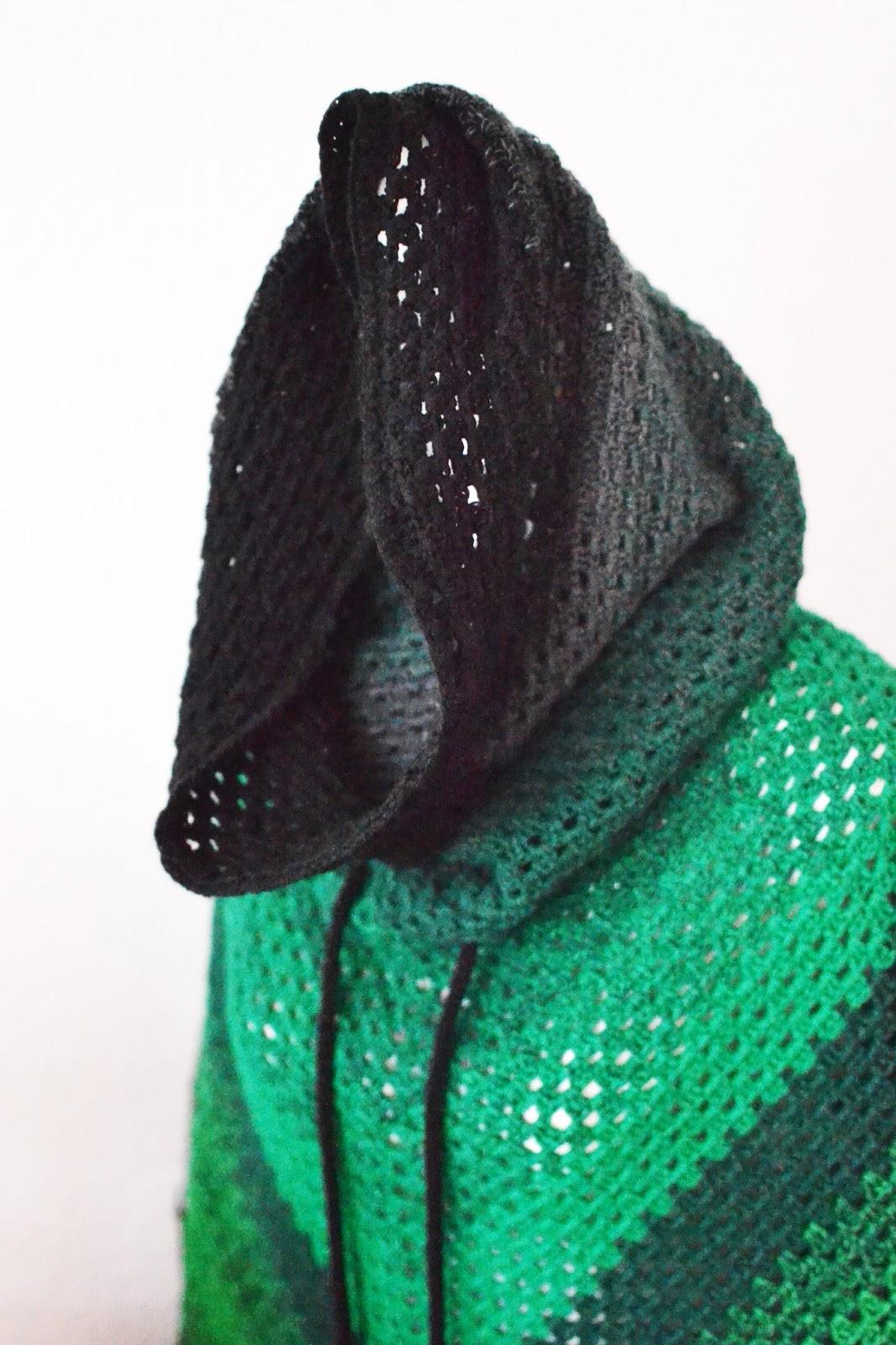 Wählen Sie für authentisch suche nach neuestem heiß-verkaufendes spätestes Anleitung Granny Poncho mit Kapuzenschal häkeln