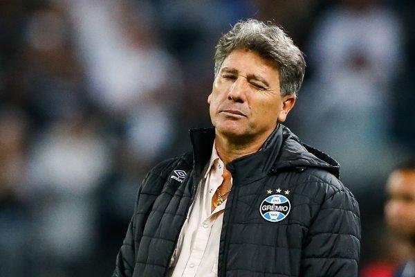 Renato Gaúcho renova contrato com o Grêmio até o fim da temporada 2021