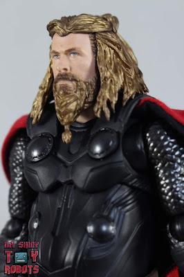 S.H. Figuarts Thor Endgame 01