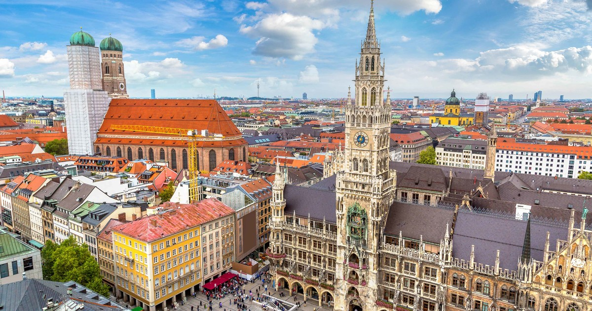 Study Abroad: Top 10 World Best Cities For Int'l Students