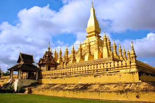 Grande stupa dorato a Vientiane