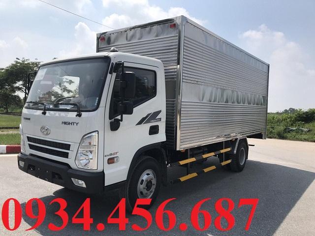 Hyundai EX8 GTL thùng kín