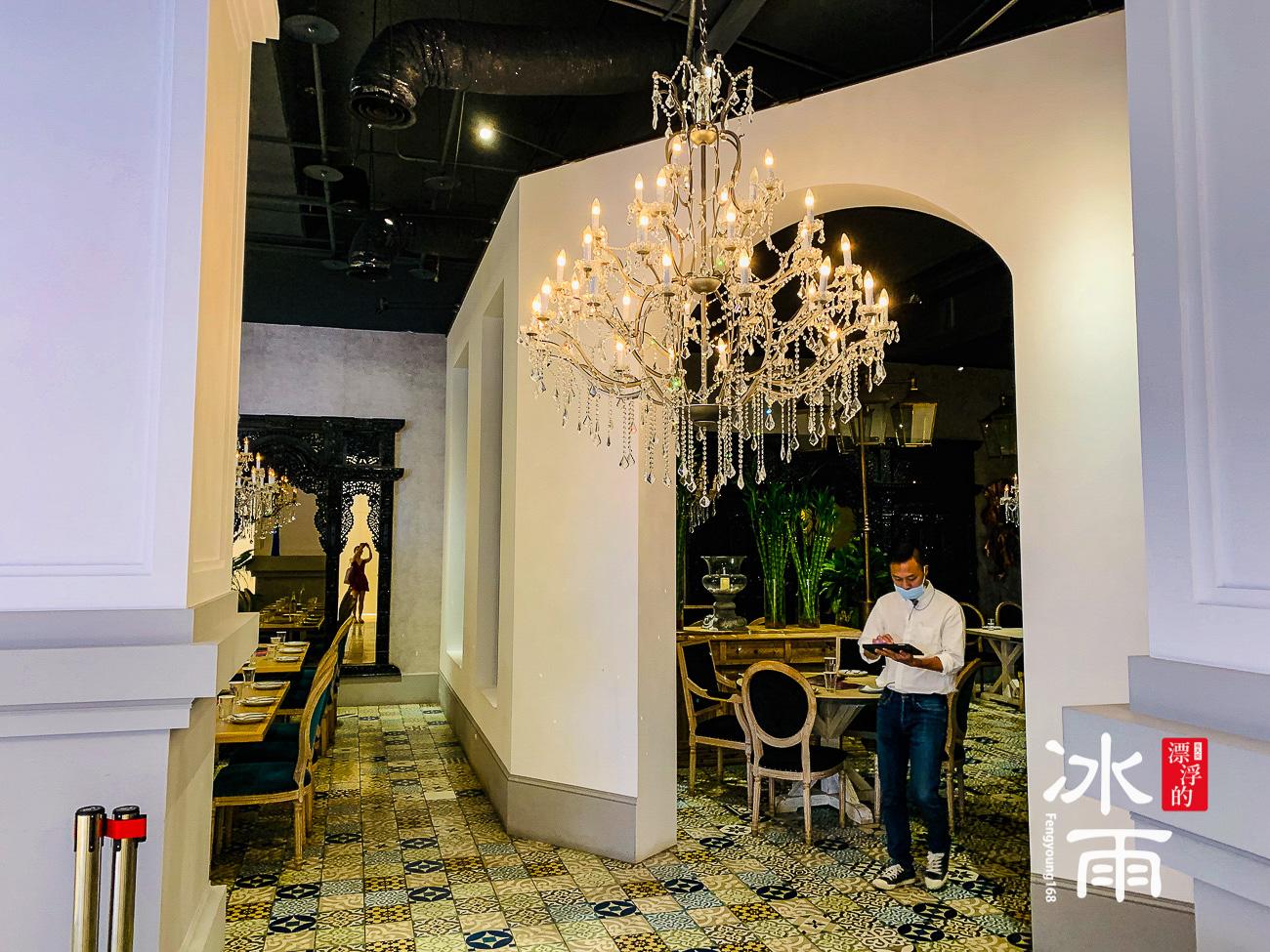 WOOTAIWAN大直ATT店|入口用餐區的風景