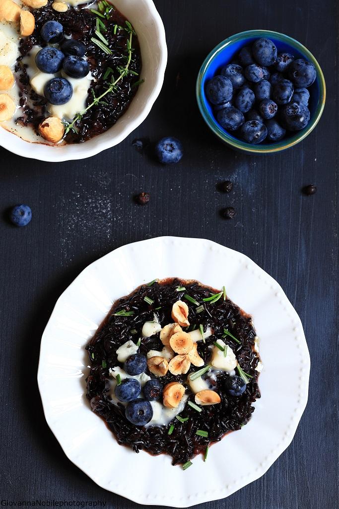 Risotto con mirtilli e gorgonzola dolce
