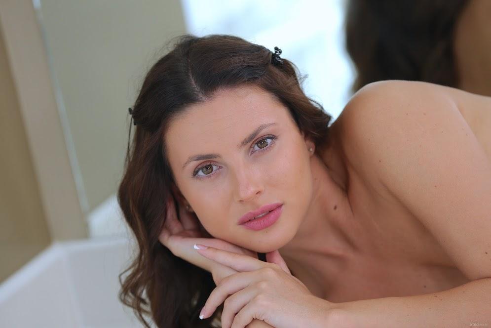 [EroticBeauty] Jasmine Jazz - Starting on the Bed 8379643825