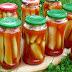 Ogórki w zalewie ketchupowej z przepisu dziadzia Stasia