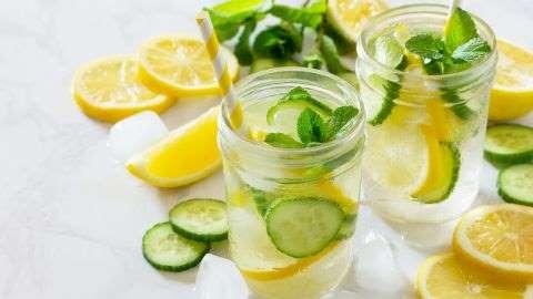 Intip 3 Manfaat Minum Infused Water Secara Rutin untuk Kecantikan