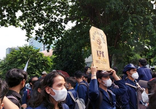 Cerita BEM SI Demo KPK: Dikepung Massa Aksi Tandingan Mirip Preman hingga Dapat Teror