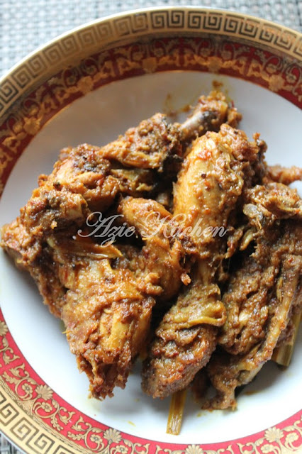 Rendang Ayam Sedap dan Tahan Lama Azie Kitchen