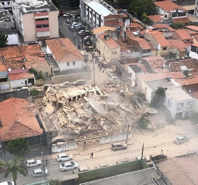 Prédio de 7 andares desaba em Fortaleza
