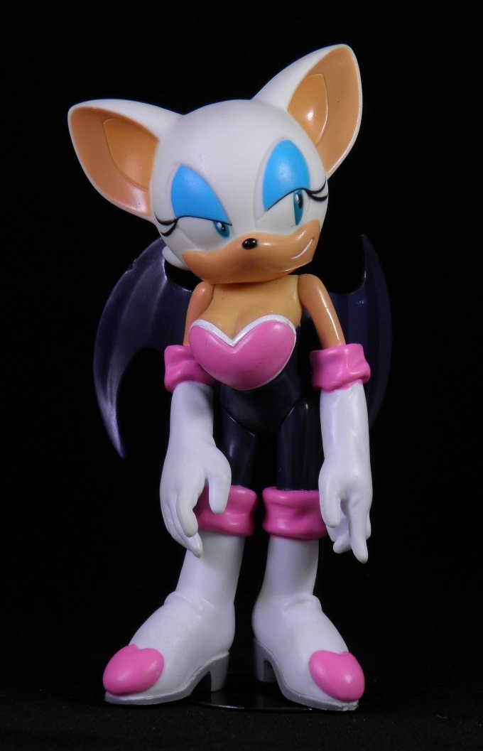 Shes Fantastic Sonic The Hedgehogs Rouge The Bat