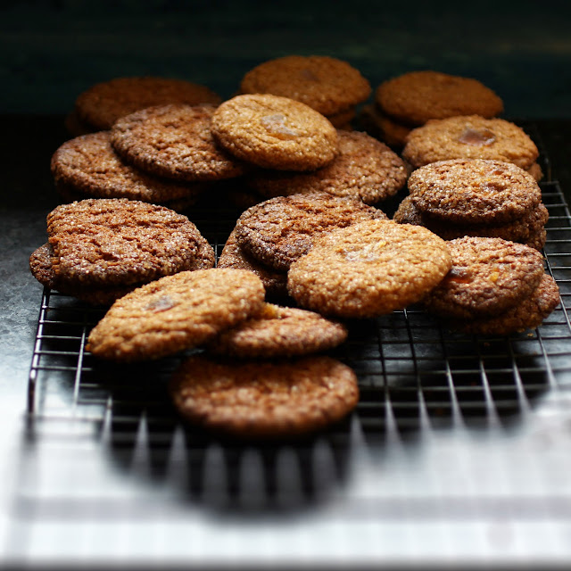 pomegranate ginger snaps
