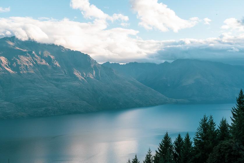 Lake Wakatipu from the Queenstown gondola ropeway.