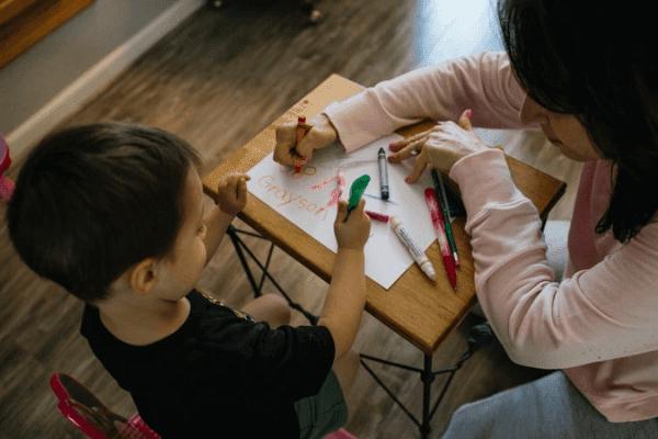 Melepas Anak di Hari Pertama Sekolah