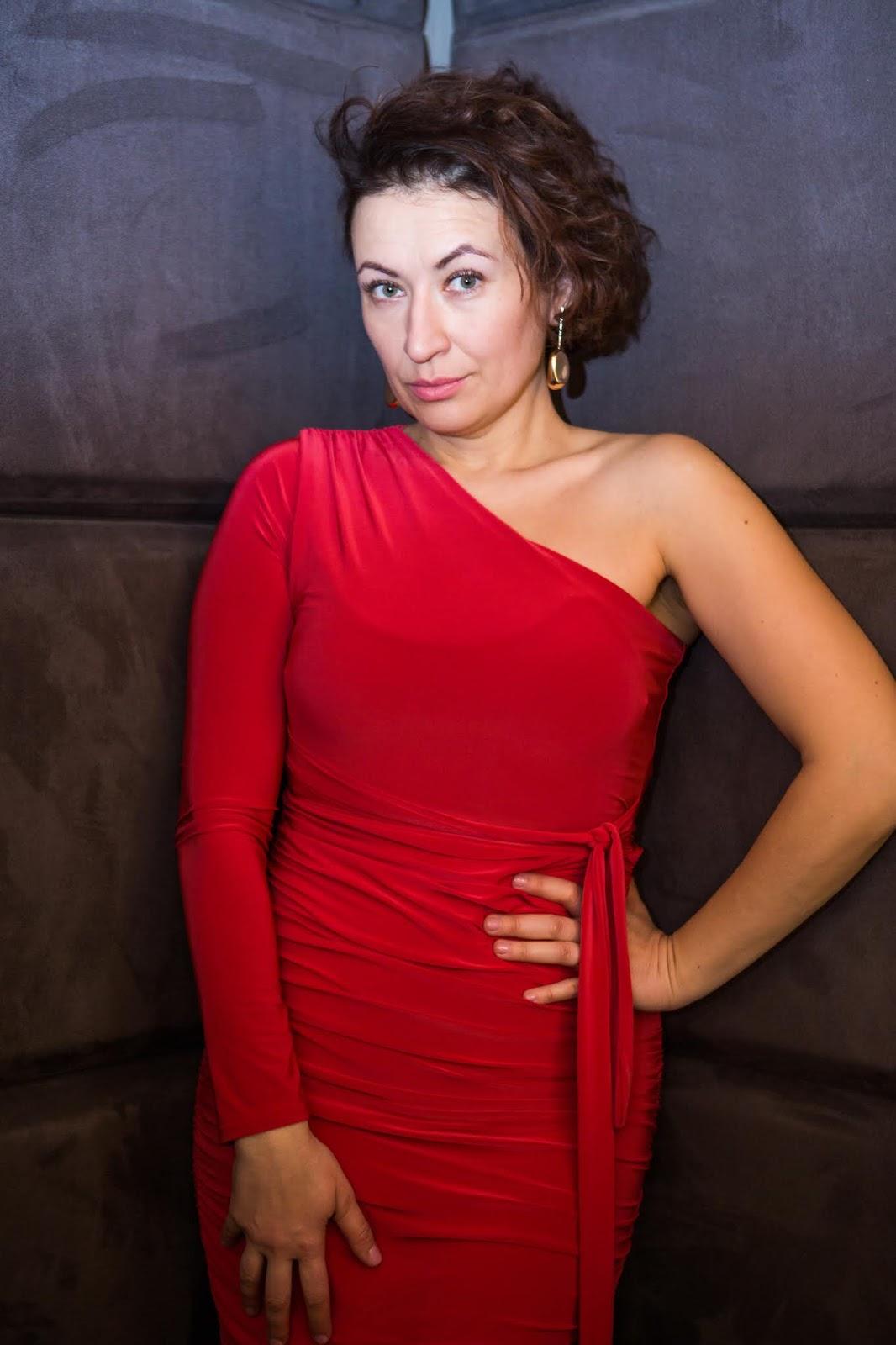 Adriana Style Blog, blog modowy Puławy, Bodycon Dress, FemmeLuxeFinery Bodysuit, FemmeLuxeFinery Co-ords, FemmeLuxeFinery Dress, Little Red Dress Sukienka, LRD, Mała Czerwona, on-line shopping, Stylizacja
