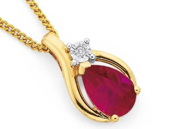 kalung emas romantis