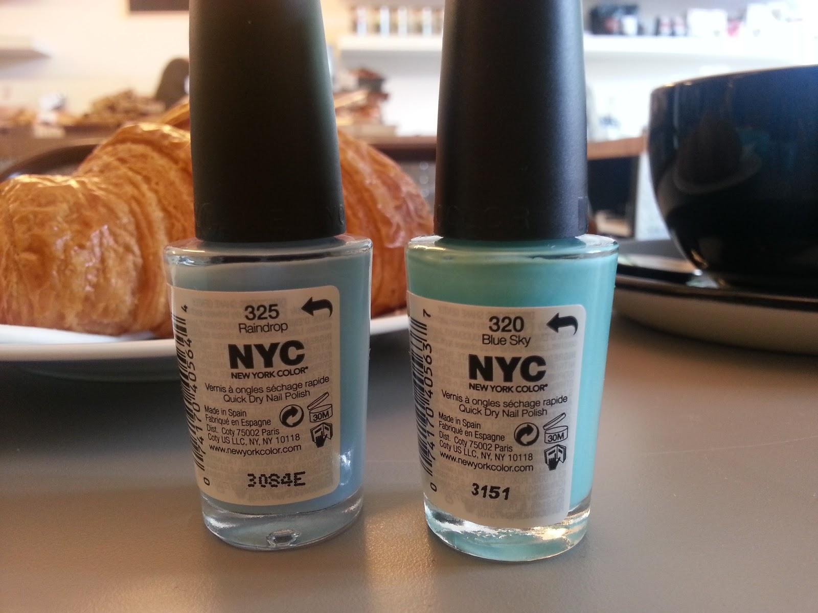 Breakfast with my Tiffany nails: NYC nail polish