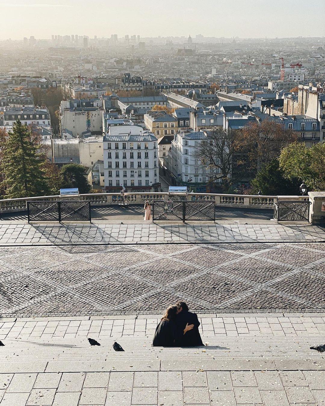 Montmartre View Indah Paris Dari Atas Bukit