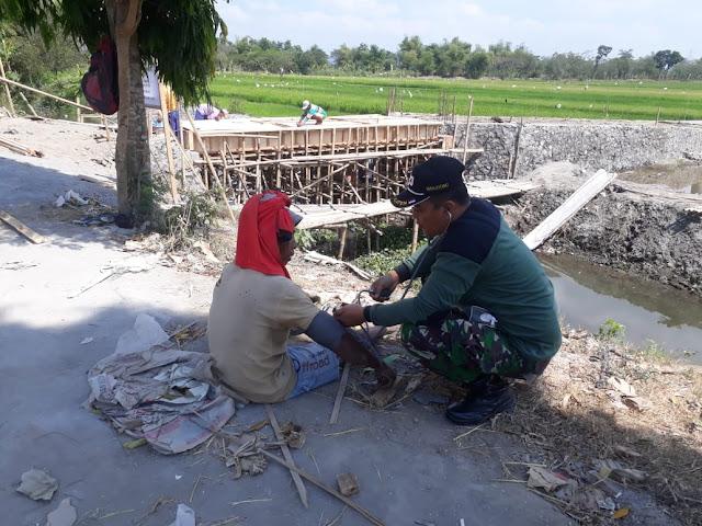 Tenaga Kesehatan Dampingi Warga di Lokasi TMMD Reg 105 Kodim Klaten