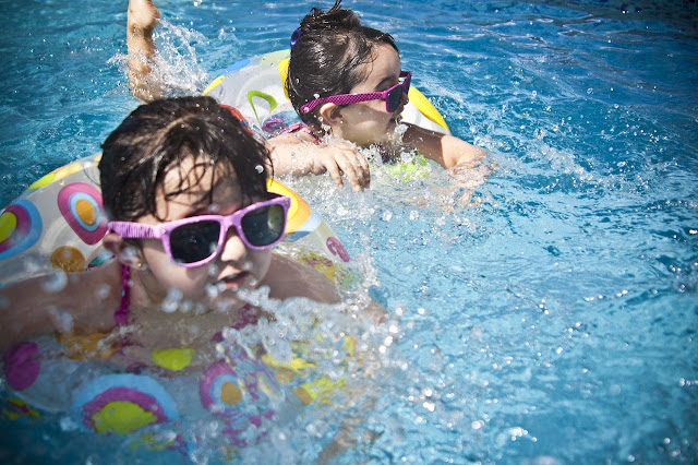 cuidados ojos niños verano