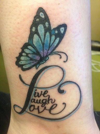 Viver, Rir e Amar a Tatuagem de Borboleta