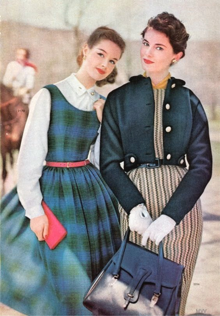 A Vintage Nerd, Vintage Blog, Retro Fashion Blog, Vintage Winter Fashion, Fifties Winter Fashion, Sixties Winter Fashion, Retro Winter Fashion Inspiration, Vintage Fashion Inspiration, Vintage Coats, Retrostyle Blogger