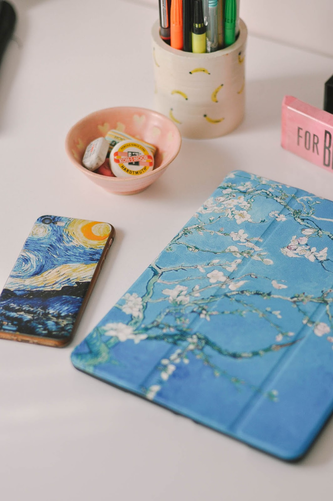 Aliexpress stationery products haul review selection - ipad and iphone case van gogh