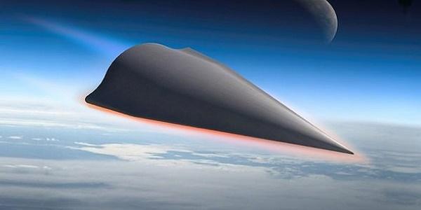 Ο «κόκκινος δράκος» βρυχάται: Δοκίμασε νέο υπερ-υπερηχητικό όπλο-φονιά κατά των αεροπλανοφόρων των ΗΠΑ