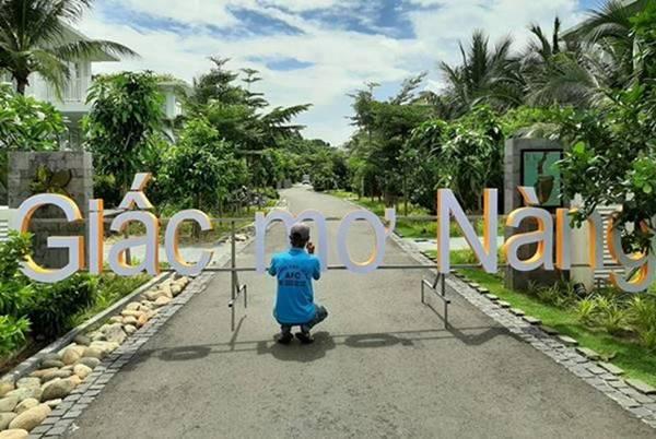 Bảng hiệu Chữ nổi Mica đèn Led Giấc Mơ Nàng Phú Quốc