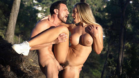 [DDFBusty] Briana Banderas (Blondie Got Fucked In The Woods By A Lumberman / 12.20.2020)